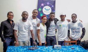 samy mwamba et une partie de son équipe lors de novembre numérique 2018